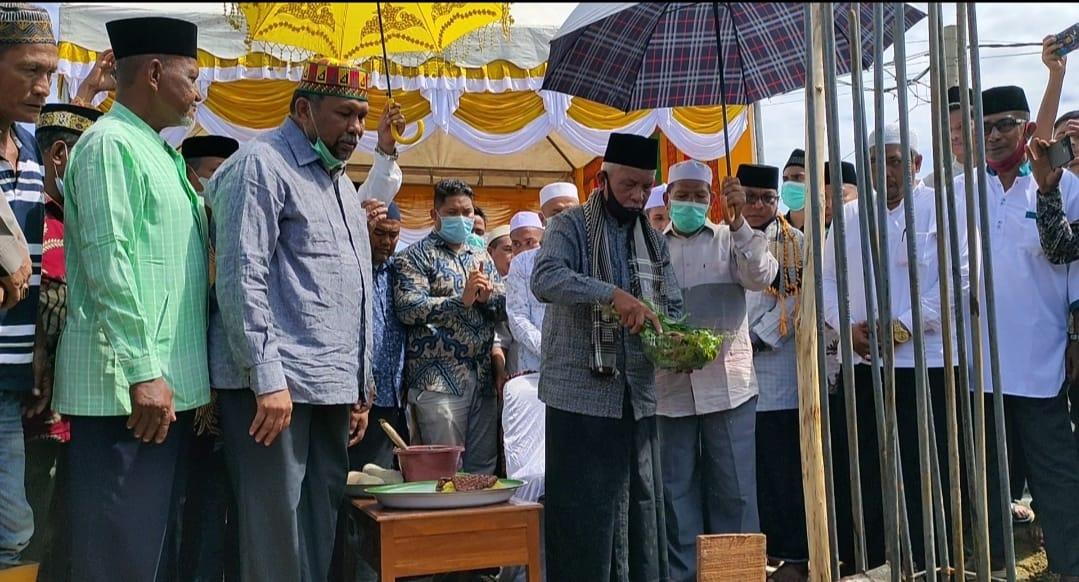 Peletakan Batu Pertama Pembangunan Dayah Madinatuddiniyah Al Mukarramah Pusong Lhokseumawe.