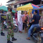 Sosialisasi Prokes Dan PPKM Anggota Koramil 03/Rts Masuk Pasar Tradisional